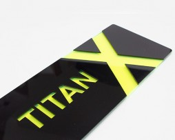 Titan-X-UV-Green-Black-Close